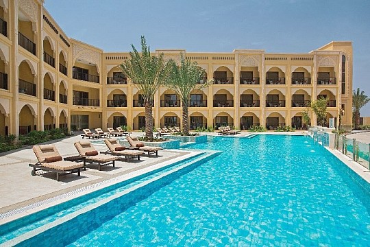 Doubletree by Hilton Resort & Spa Marjan Island (2)