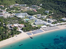 Lichnos Beach Hotel and Suites