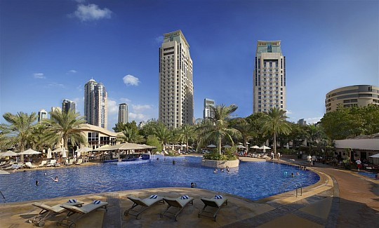 Habtoor Grand Resort & Spa by Autograph Collection